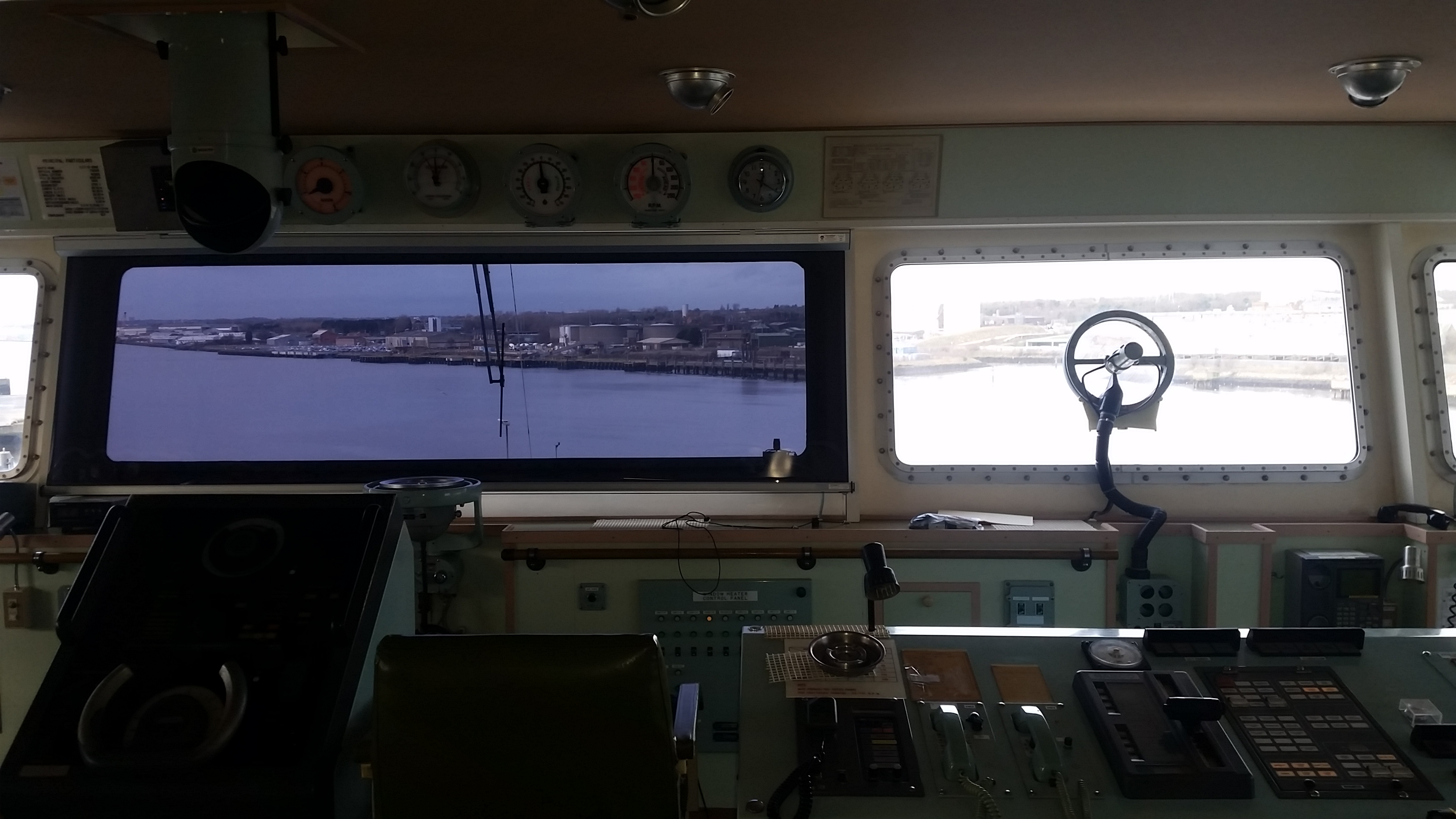 HEAT AND GLARE – A REAL ISSUE FOR NAVIGATION BRIDGE CREW