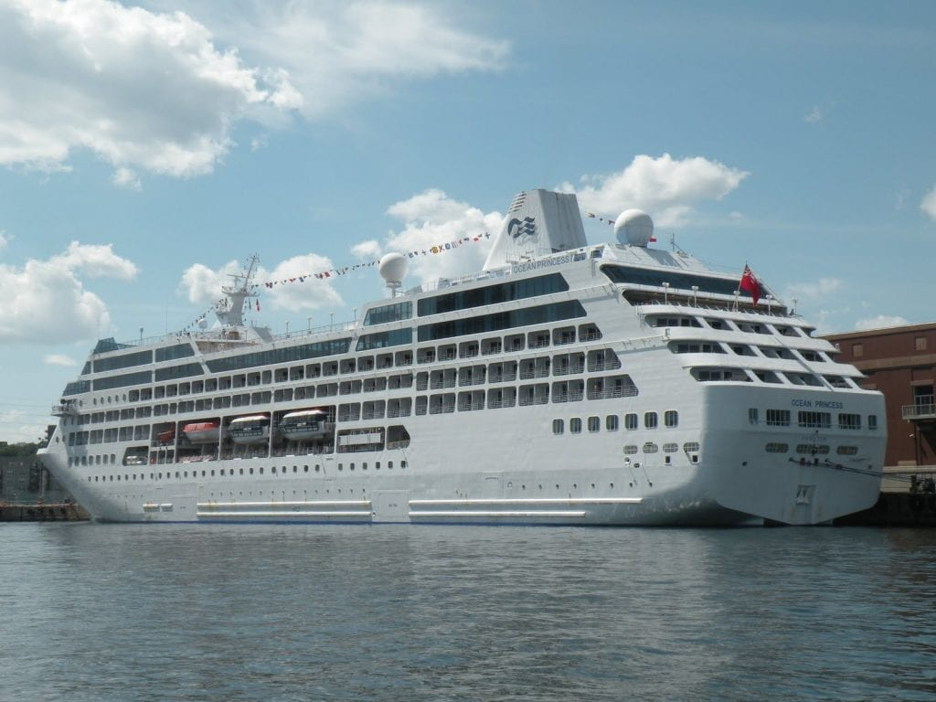 Ocean Princess ship photo